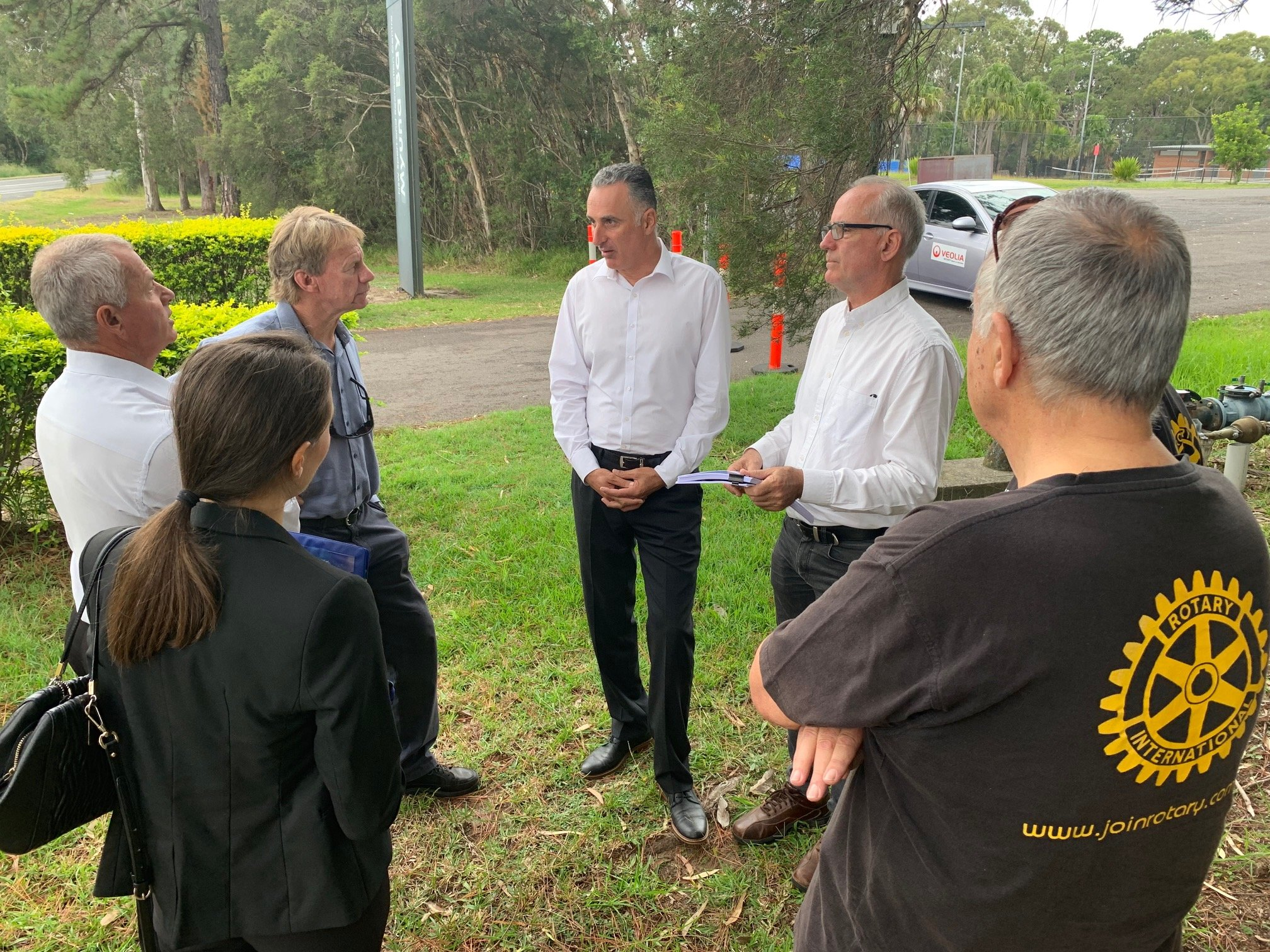 I joined NSW Minister for Sport John Sidoti outside Myuna Bay Sport and Recreation Centre this morning to discuss the centre's recent closure by the Office of Sport.