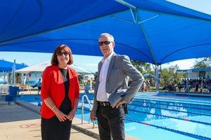 Great to see better facilities being provided at our local pools. I joined Mayor Kay Fraser at Speers Point pool this morning to check out the new shade