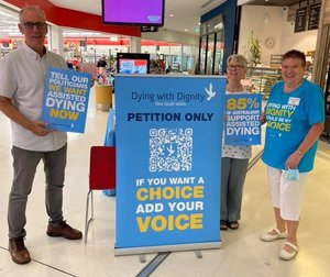 I was pleased to meet dedicated volunteers of Dying with Dignity NSW at Morisset this morning as they gather signatures to drive home the message that Australians